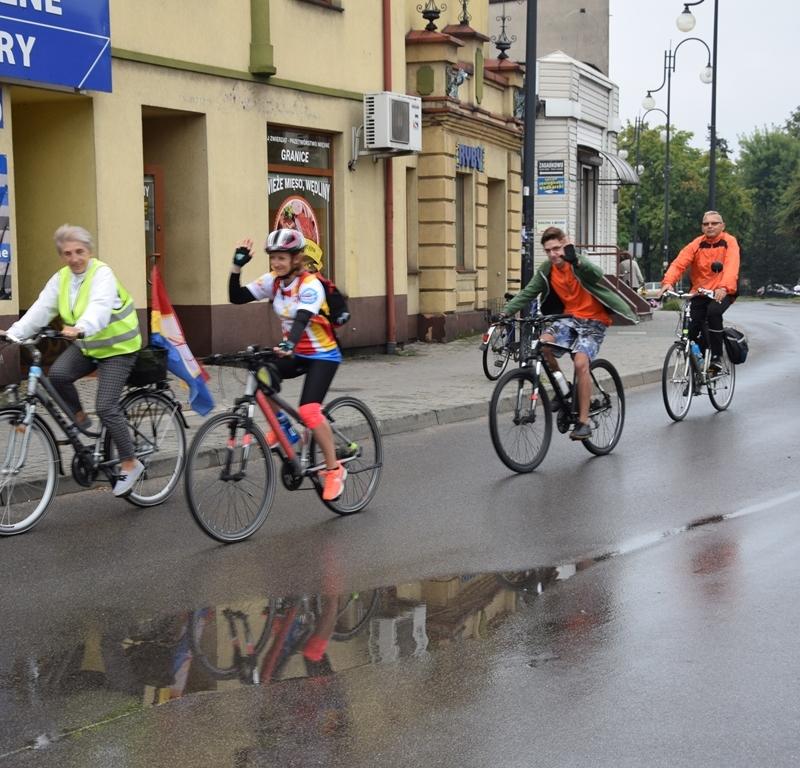 Pielgrzymka do Częstochowy. Biegiem i na rowerze